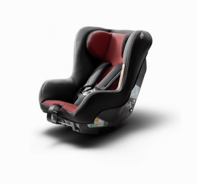 Audi Kindersitz I-Size rot/schwarz
