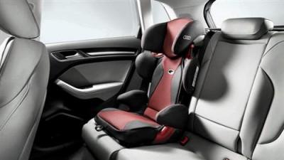 Audi Kindersitz youngster plus misanorot/ schwarz, 4-12 Jahre