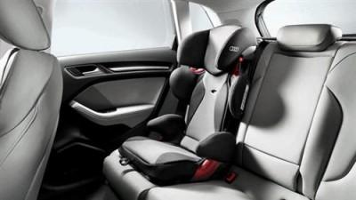 Audi Kindersitz youngster plus titangrau/ schwarz, 4-12 Jahre