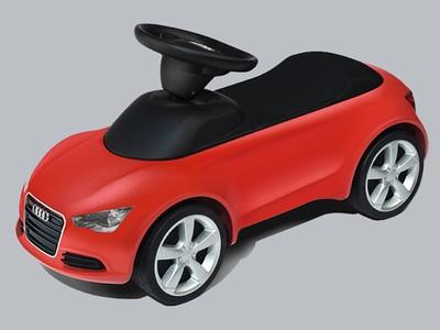 Audi Junior Quattro, Audi Bobby Car / Audi Rutscherauto in rot