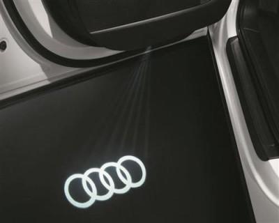 Audi Einstiegsbeleuchtung Logoprojektion Audi Ringe / breiter Stecker