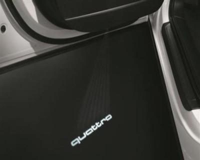 Audi Einstiegsbeleuchtung Logoprojektion quattro / breiter Stecker