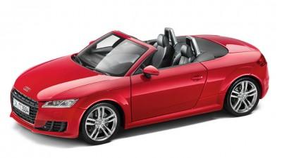 Modellauto Audi TT Roadster 1:18 in tangorot
